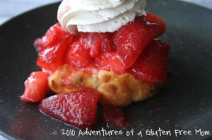 Gluten-Free Bisquick Strawberry Shortcake0