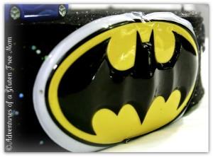 Dye-Free Batman Cake3